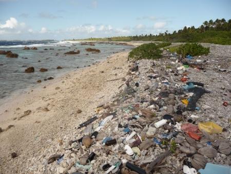 dechets plastiques makemo